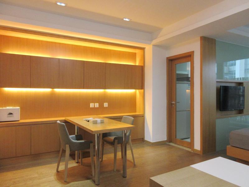 杨浦黄兴公园10号线五角场东方蓝海国际广场1居室