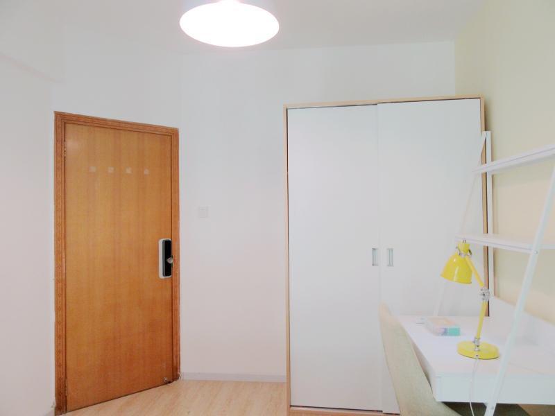 龙华区龙华中心4号线(龙华线)龙华风和日丽4居室