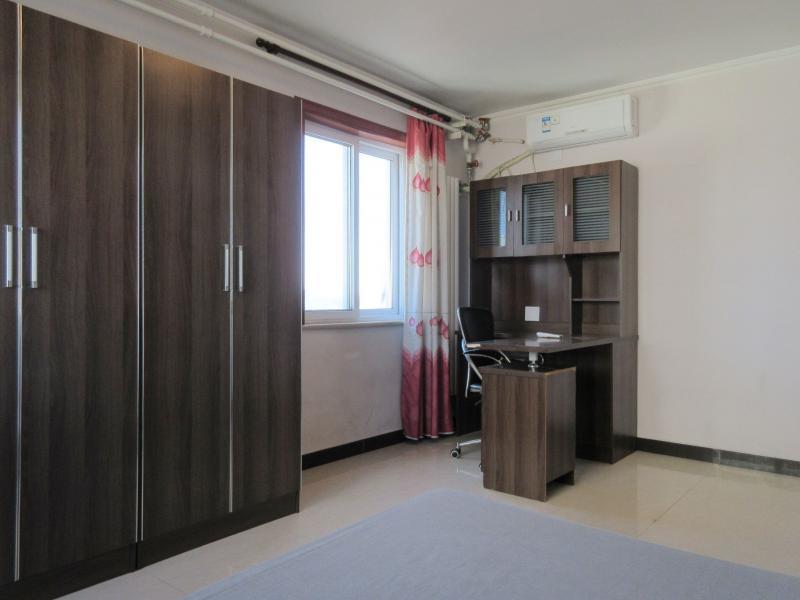 石景山鲁谷1号线八宝山永乐东区1居室