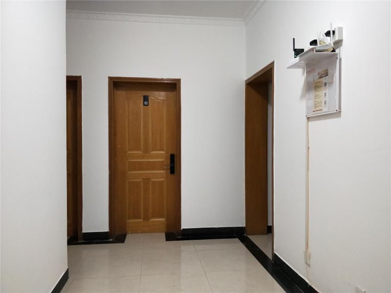 順義順義城15號線俸伯裕龍六區4居室