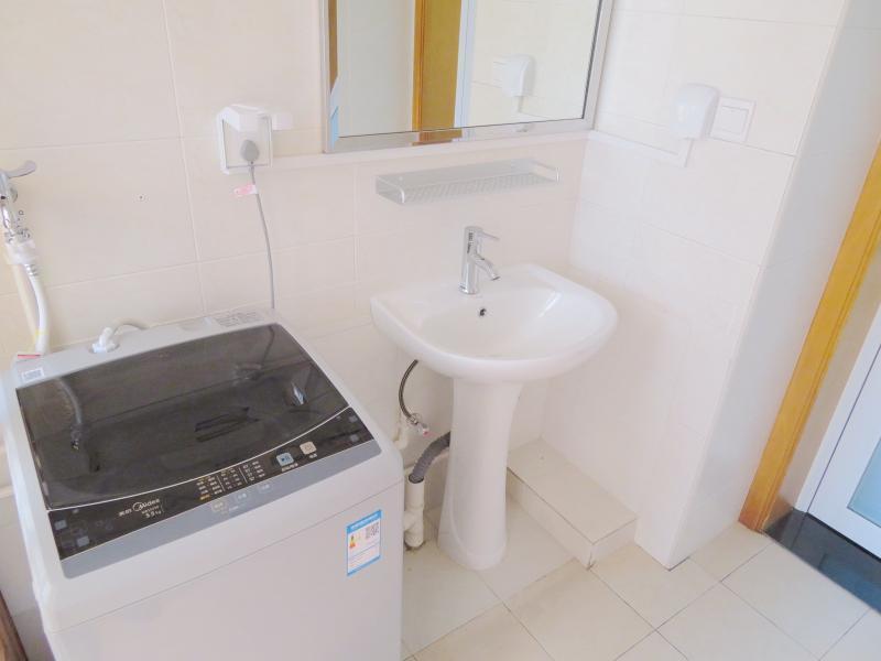 松江松江新城9号线松江新城祥和花苑(公寓)4居室
