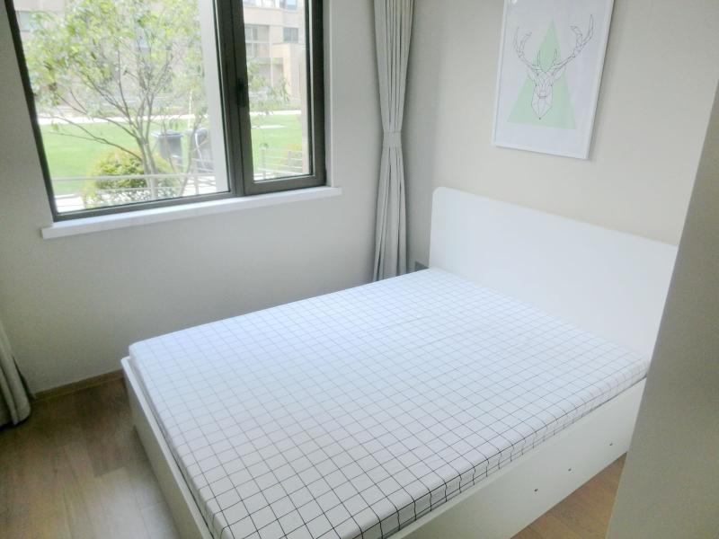 闵行华漕10号线,2号线,17号线虹桥火车站尚品华庭2居室