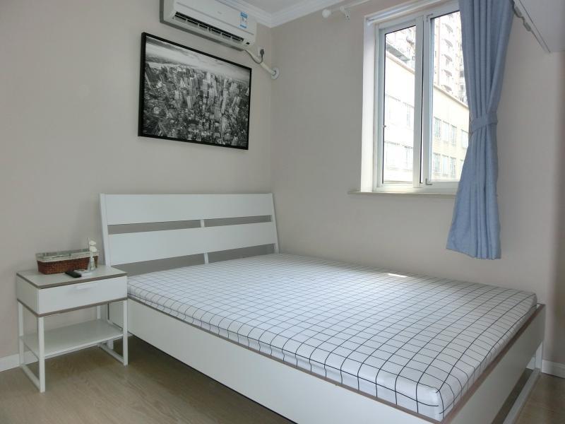 黄浦豫园9号线小南门复兴小区1居室