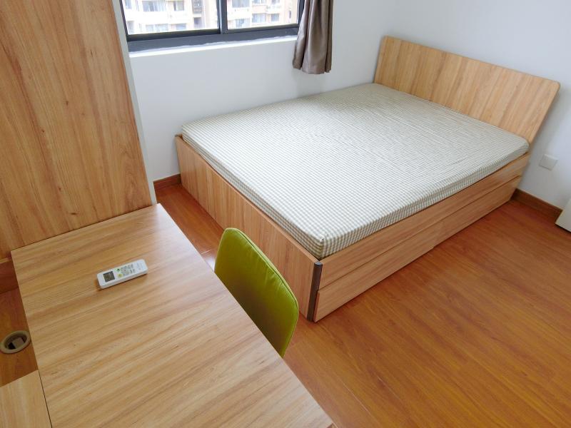 浦东川沙2号线凌空路华川家园3居室