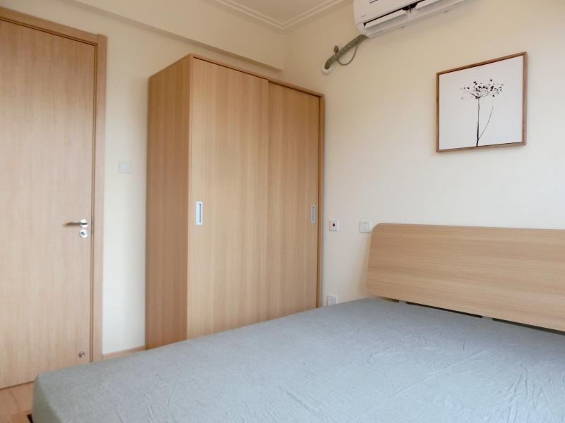 松江泗泾9号线泗泾金地褐石苑2居室