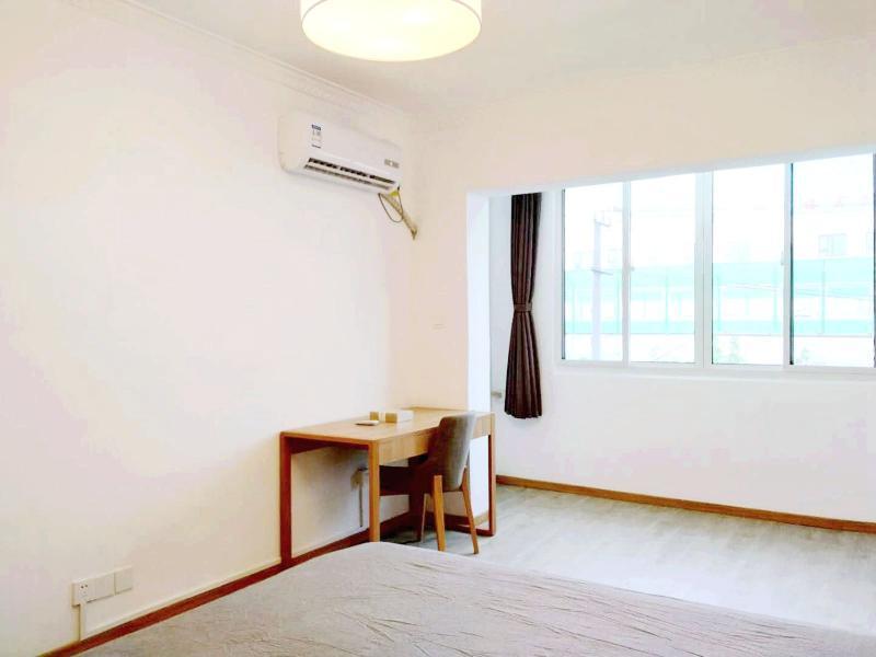 徐汇万体馆4号线上海体育场中山南二路960弄2居室