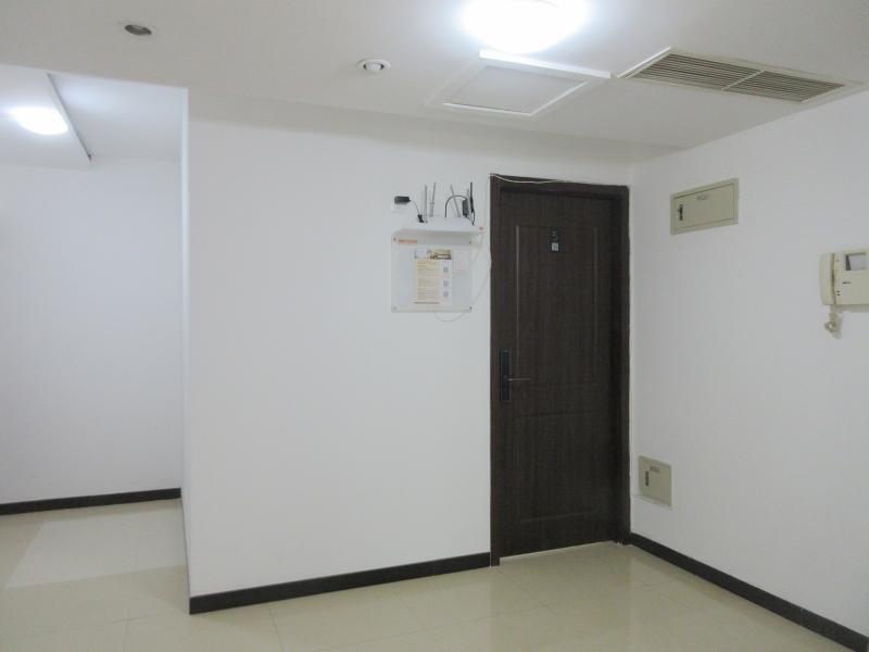 朝阳酒仙桥14号线东风北桥泰华滨河苑4居室