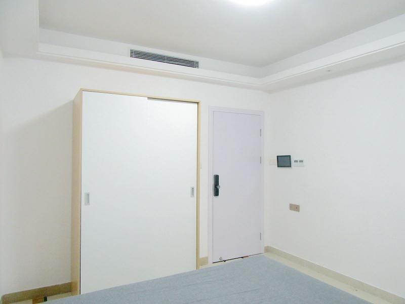 龙岗区5号线(环中线)坂田德润荣君府5居室