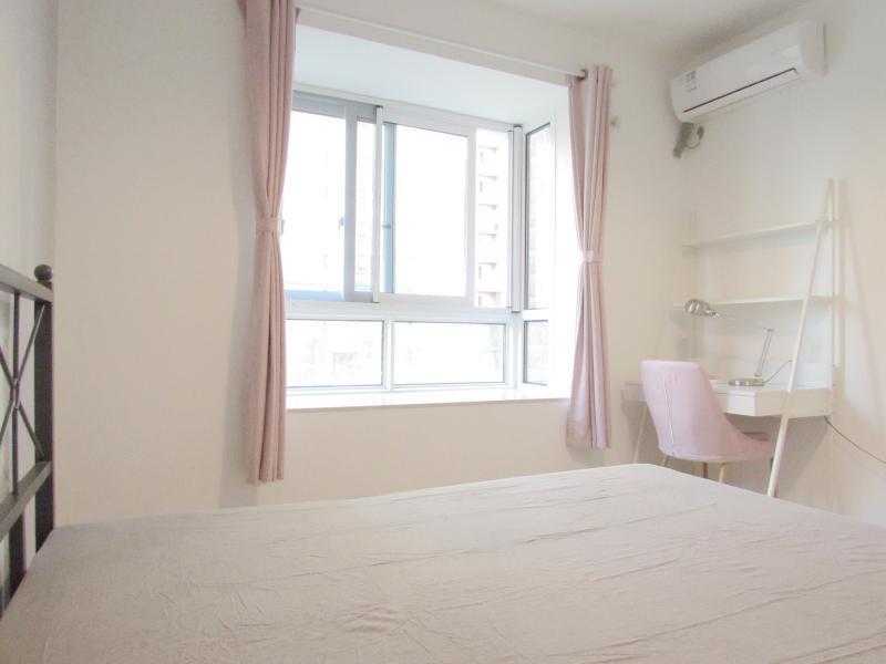 宝山杨行1号线宝安公路和家欣苑B区4居室