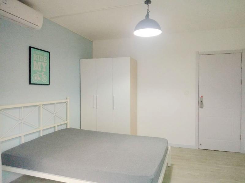 徐汇上海南站3号线,1号线上海南站华东花苑3居室
