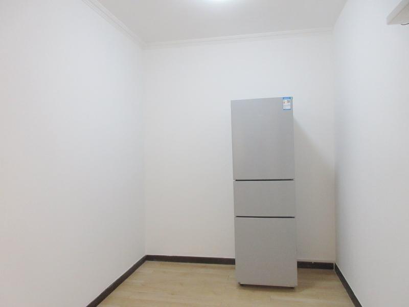 东城永定门14号线景泰新奥洋房4居室