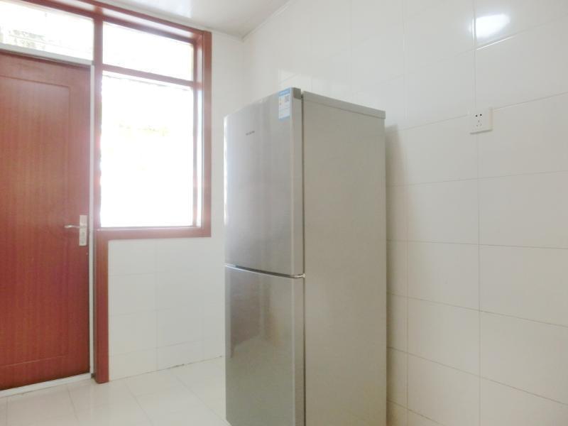 浦东川沙2号线川沙绿海家园4居室